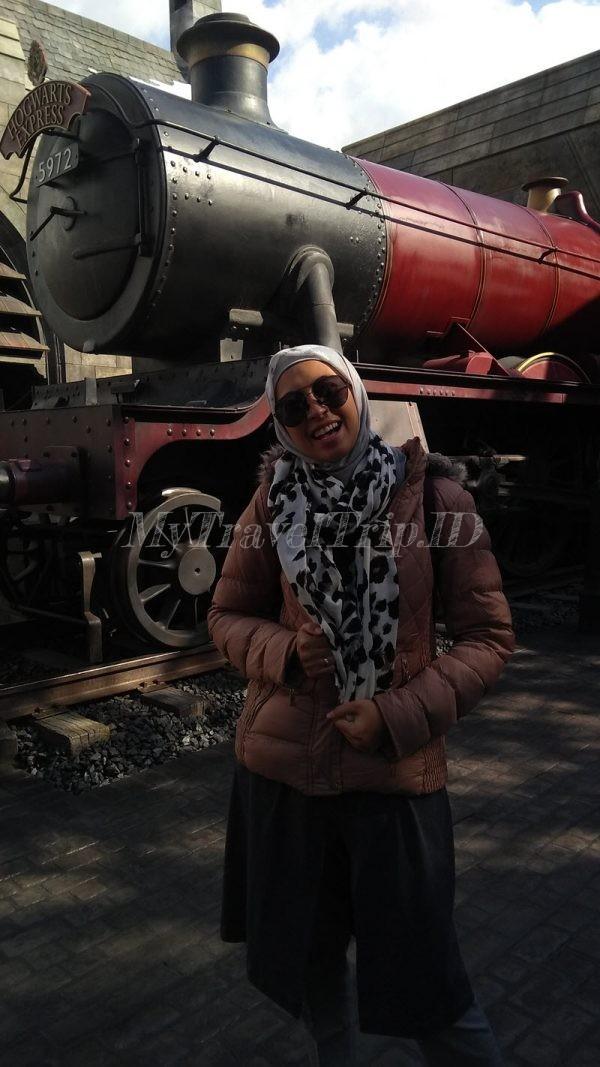 Kereta Hogwarts di USJ
