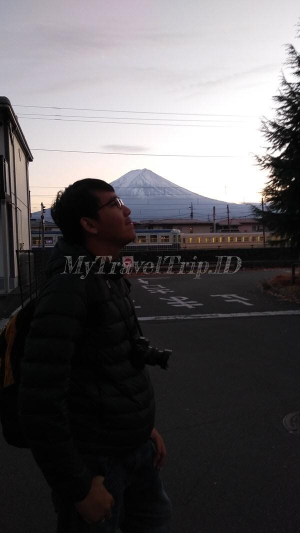 Menikmati Sore Hari di Kawaguchiko Station